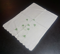 Applique Fingertip Towel