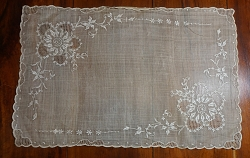 Early 1900s Placemat or Scarf