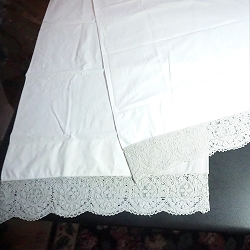 Vintage White Lace Pillow Case Pair