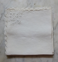 5 Vintage Embroidered Cotton Napkins