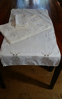 6 Placemats with Runner & 3 Napkins