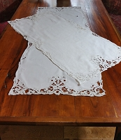 Set of 2 Madeira Table Runners