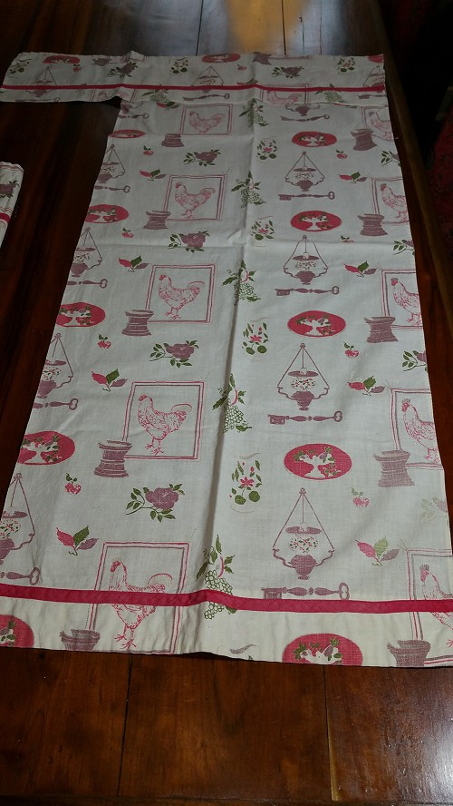 2 Pairs of Old Farm Style Curtains